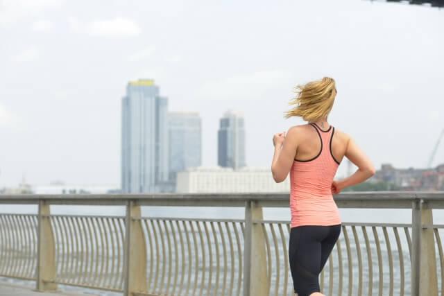 体脂肪を減らす目安の運動量は?