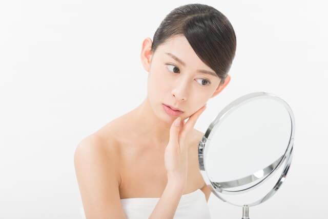 脂性肌の改善法!原因とオイリー肌を解消するスキンケア方法
