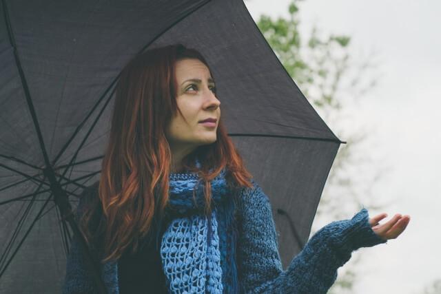 梅雨の髪の毛湿気対策!髪をまとめるヘアケア法とは