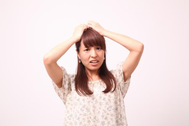 ダイエットは薄毛の原因に!薄毛を解消する2つのケア方法