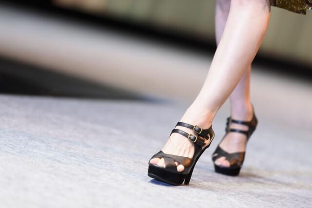 足の毛穴の黒ずみやぶつぶつを解消する7つの改善方法