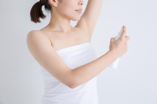 ひどい脇汗を止める12つの対策法