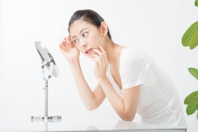顔のしわを消す12個の対策法!老け顔を改善し若返る!