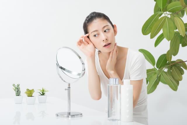 眉間ニキビの原因とは!効果的な7つの改善・予防法