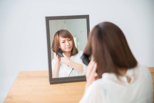 ストレートアイロンで髪を傷めないための注意点