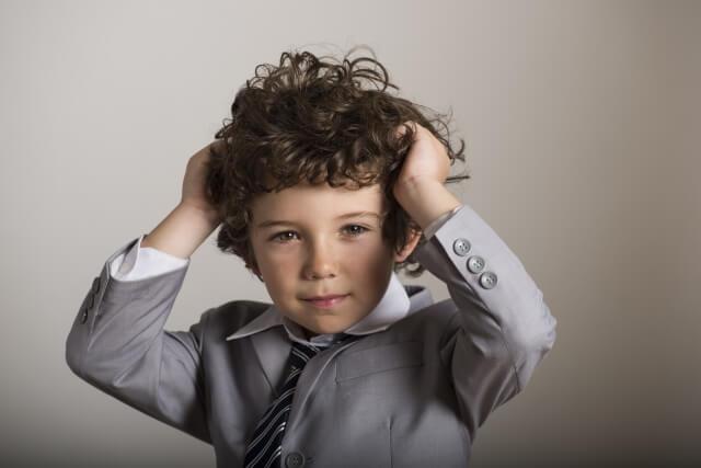 くせ毛を改善!くせ毛の原因や種類と治すための6つの対策法