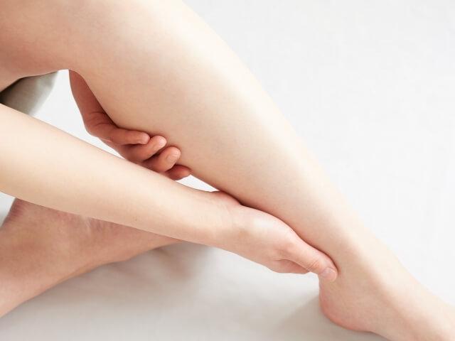脚のむくみ解消法!むくみの原因と即効性がある改善方法