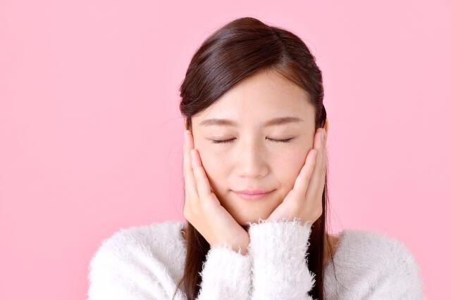 顔のむくみをとる解消法