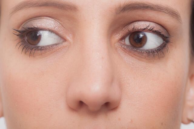 毛穴の黒ずみケアする2つの方法!鼻の毛穴の汚れを大掃除!