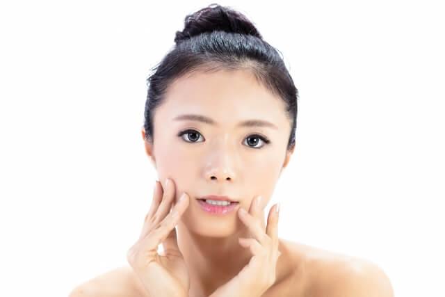 乾燥肌の治し方!お肌の老化を改善する10つのケア方法