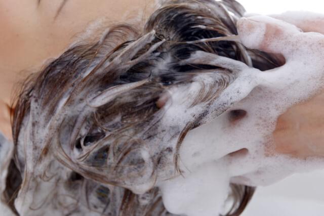 シャンプー頻度は?美髪を作る正しいシャンプー方法とは