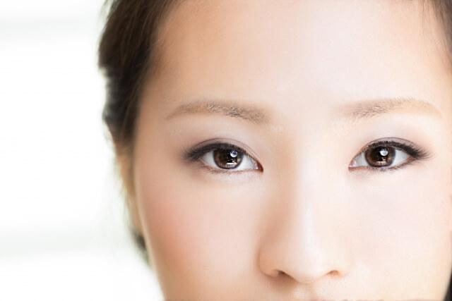 目尻のしわを若返らせる6つの改善・予防法