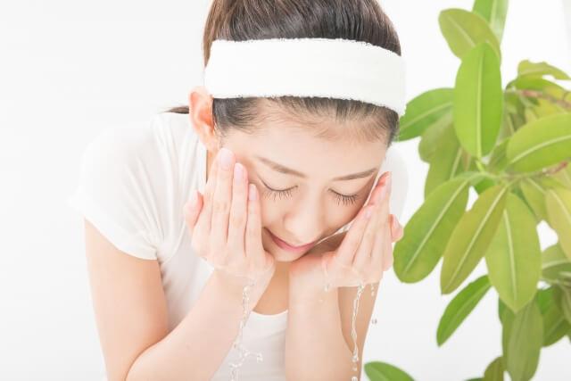 正しいクレンジング&洗顔方法