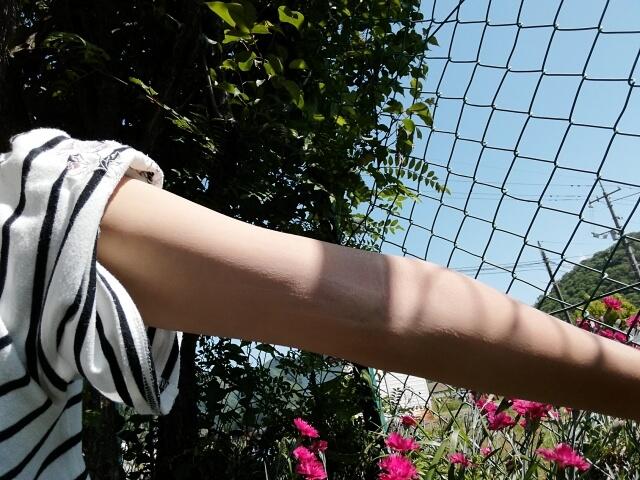 二の腕のぶつぶつ改善法!原因や自宅でできる6つの治し方とは