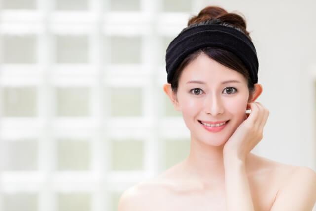 目の下のくすみを改善する7つのケア方法