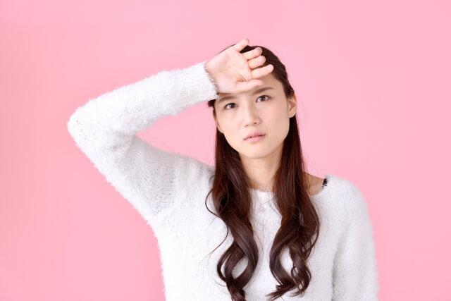 おでこの毛穴の対策!黒ずみ&開きを改善する6つのケア法
