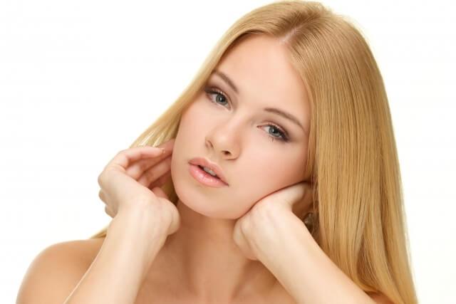 髪の毛のパサパサ改善する方法まとめ