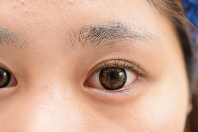 まぶたのしわを改善!目元をスッキリさせ老け顔を解消する方法