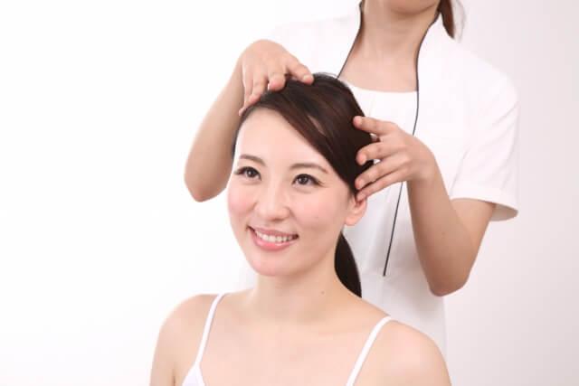 頭皮を柔らかくする4つの方法