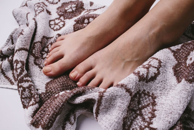 足首のセルライトの4つの解消法