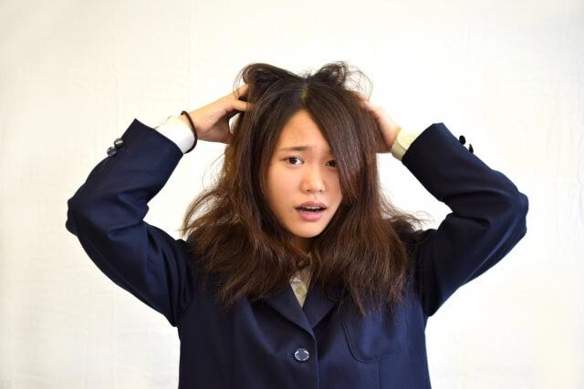 くせ毛を治す方法!原因や髪をストレートにする5つの改善法