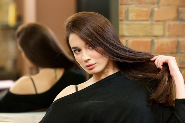 髪の毛をサラサラにする方法まとめ