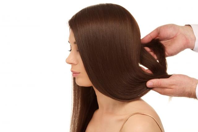 くせ毛がひどい人の4つの改善法