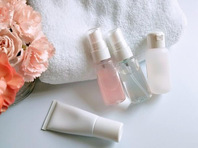 化粧水と乳液の使い方!正しい使い方やポイントを解説