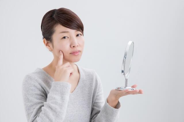 頬のたるみ改善法!原因や老け顔を改善する対処法