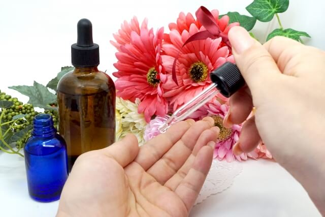肌のシミを消す4つの方法