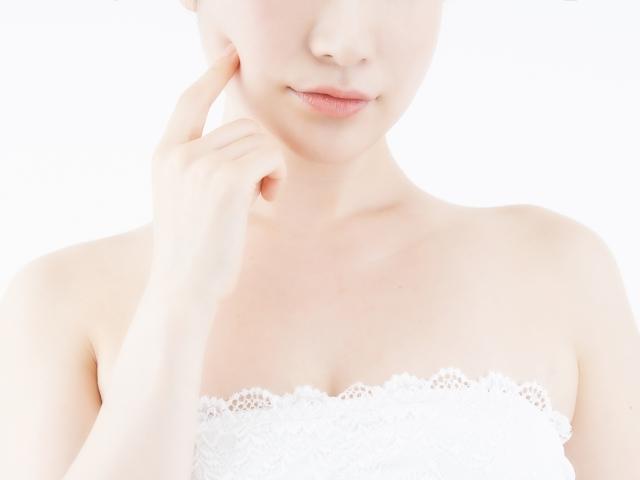原因別!唇の荒れを治す方法