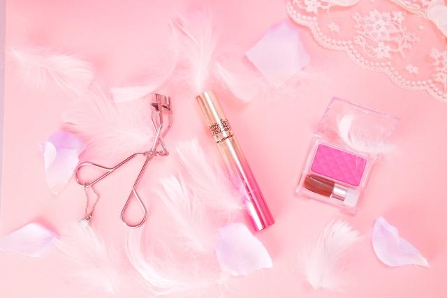 ピンク色で視覚を刺激する