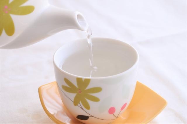起きたら白湯を飲む